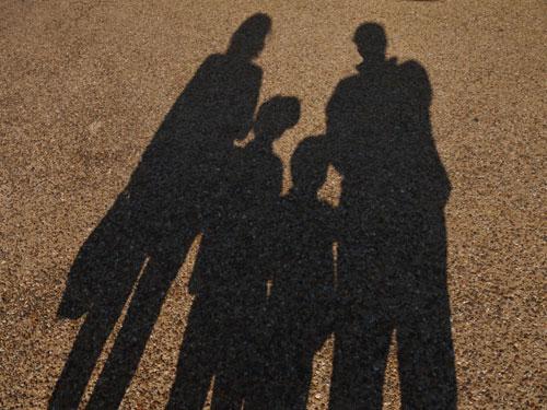 人気の家族葬プランはどこが安い?