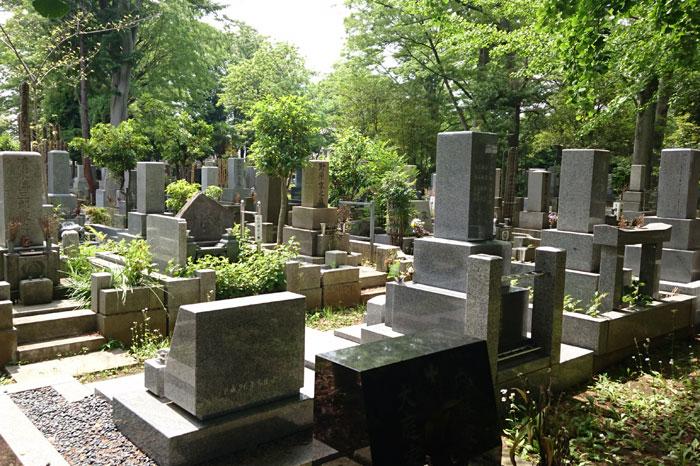 宗派が違うお寺のお墓に納骨する場合
